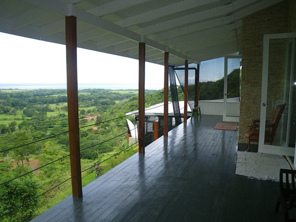 Sweeping views Open Living